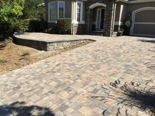 Project: Calstone Quarry Stone Driveway Pavers