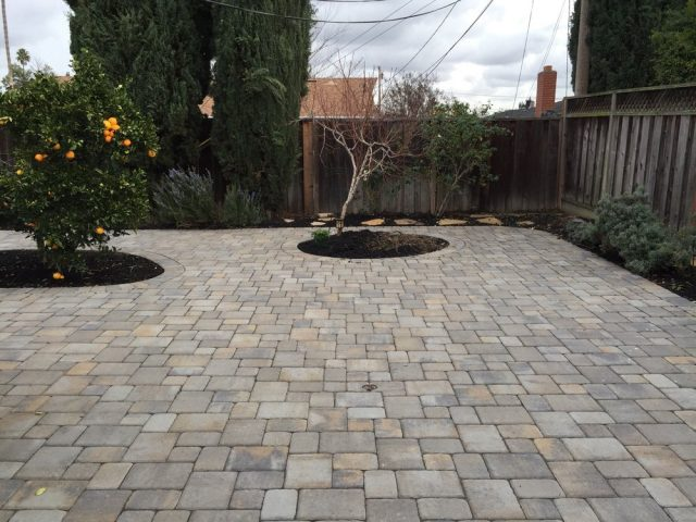Project: Belgard Cambridge Cobble Pavers Victorian Color