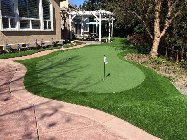 Project: Alamo Putting Green, Putt 44, with Spring Fringe and Monterey Grass