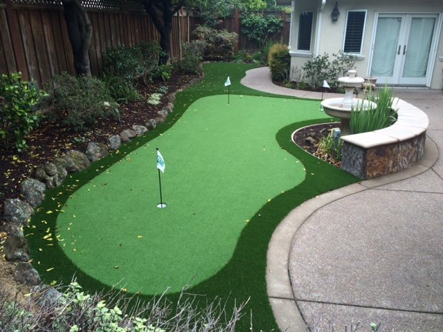 Project: San Jose, CA Backyard 3-Hole Putting Green - San Jose, CA Backyard 3-Hole Putting Green - Forever Greens